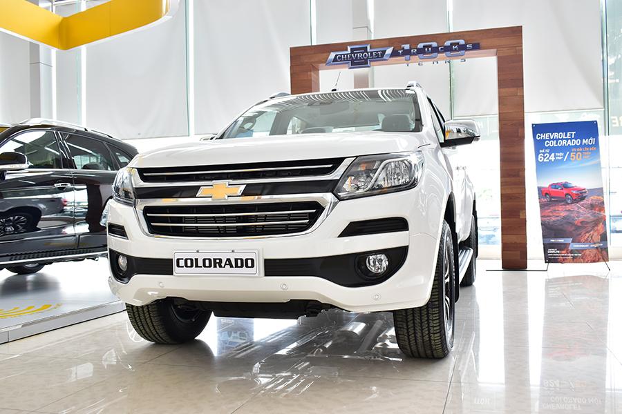 Chevrolet Colorado mới mạnh mẽ đầy sức mạnh