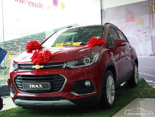 chevrolet-trax-mau-do-den-xe
