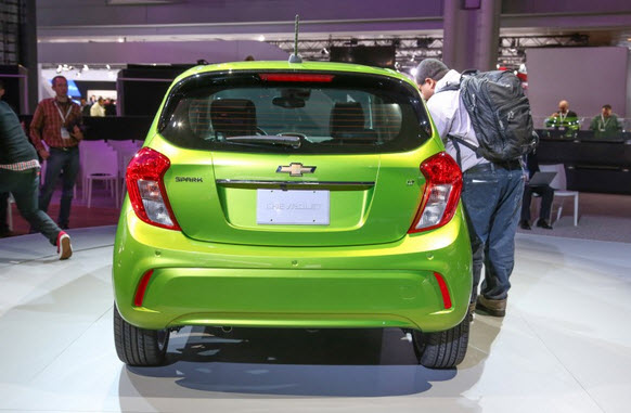 Chevrolet Spark 2017 giá bao nhiêu? Hình ảnh thiết kế & vận hành 8
