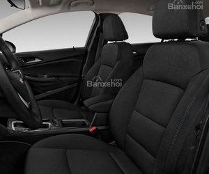 Đánh giá xe Chevrolet Cruze 2019 nâng cấp: Khoang nội thất: Hàng ghế trước.