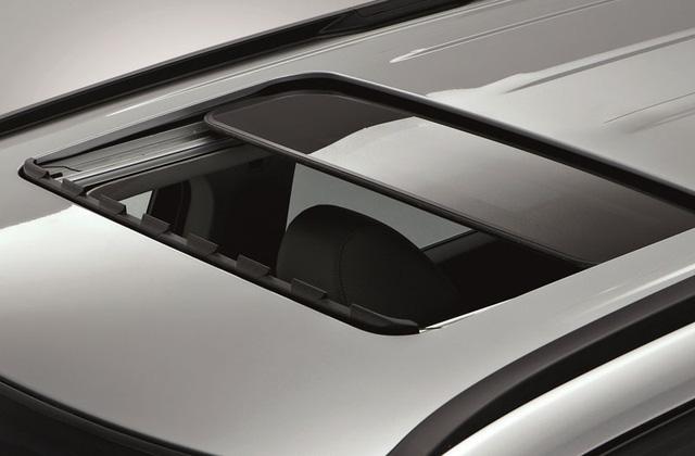 Cửa sổ trời chỉnh điện trên Chevrolet Orlando