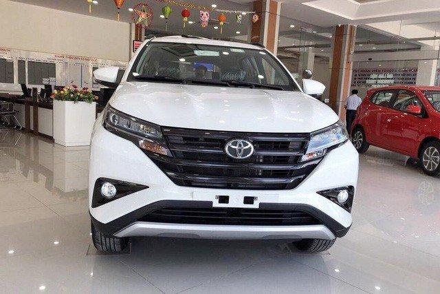 Những bê bối trên thị trường xe hơi Việt năm vừa qua