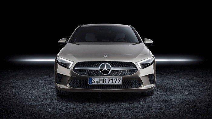 Những mẫu xe ô tô 7 chỗ dưới 1 tỷ đáng mua nhất 2020