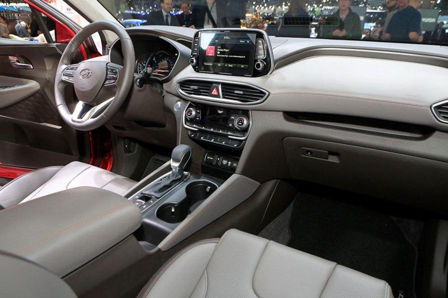 Thực hư về mẫu xe ô tô Hyundai SantaFe 2020 7 chỗ cao cấp