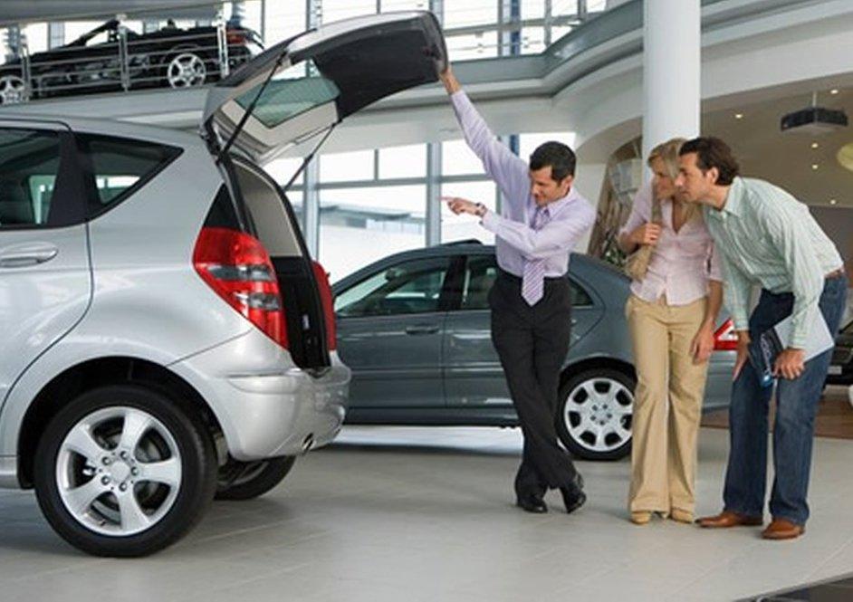 Kiểm tra xe và lái thử xe trước khi quyết định rước xế về nhà.
