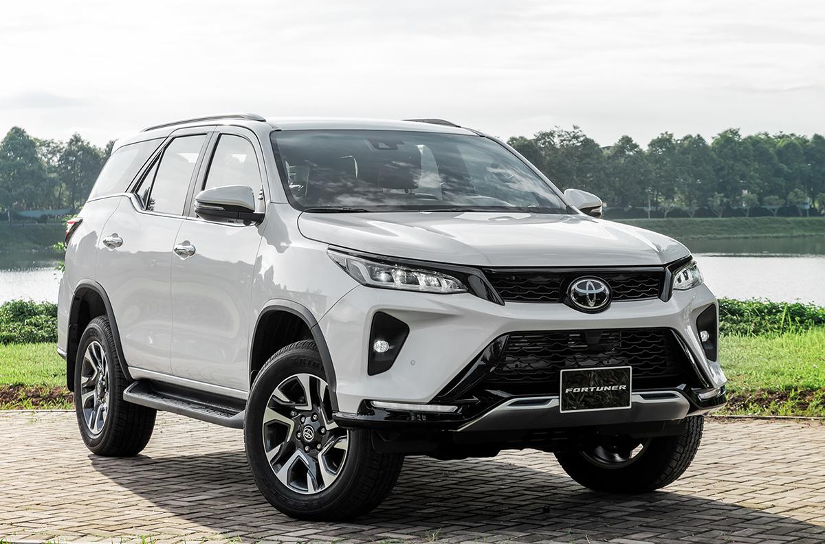 Review về xe Toyota Fortuner bạn cần biết
